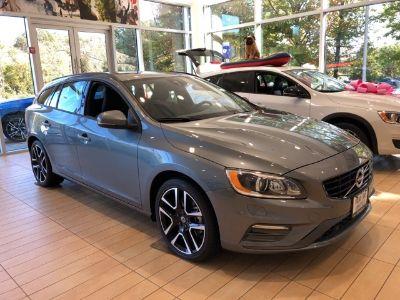 2017 Volvo V60 T5 Dynamic (Grey)