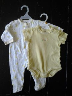 LOT 4: (SIZE 3-6 MONTHS) 2 MISC. ITEMS 1 FOOTED SLEEPER, 1 BODYSUITS -- $3