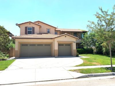 Beautiful 4 Bedrooms, 3 Baths Single Family Home for Lease in Rancho Cucamonga