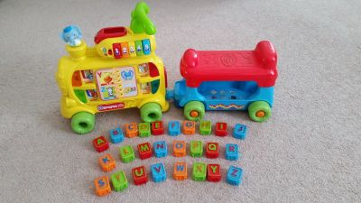 Vtech Sit to Stand Ultimate Alphabet Train