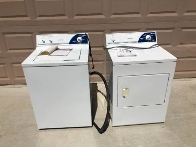 Matching Hotpoint Washer and Dryer