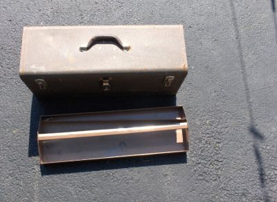 "24 "" X 8 1/2"" X 10 "" TALL METAL TOOL BOX"