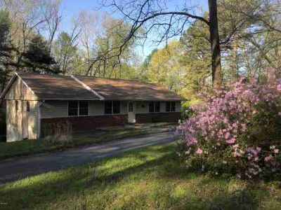 155 Hawthorn Hollow Road Carbondale Three BR, $1500 CLOSING COST