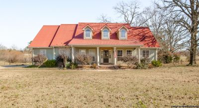 2,705 Sq. Ft. 4BD/4BA Home in Terry - Lease