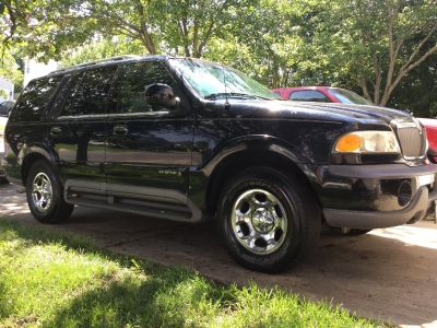 1998 Lincoln Navigator, CHEAP AND RELIABLE!! 205k miles, 3rd row