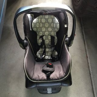 Car seat and 4 bases