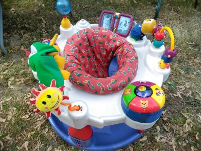 Baby toy activity center spinner
