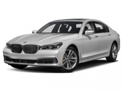 2019 BMW 7-Series 750i xDrive (Imperial Blue Metallic)