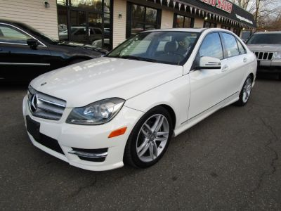 2012 Mercedes-Benz C-Class C300 4MATIC Luxury (Arctic White)