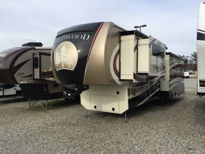 2015 Redwood RV Redwood RW38RE