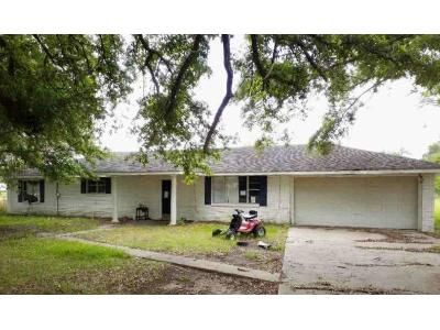 4 Bed 2 Bath Foreclosure Property in Cottonport, LA 71327 - Highway 1179