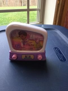 Doc mcstuffins water toy/game