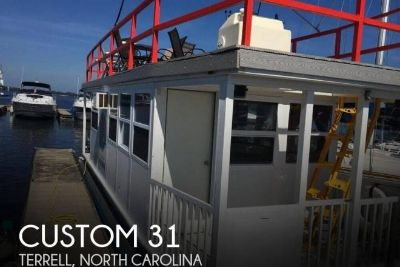 2004 Custom Built 31FT 4-Pontoon Houseboat