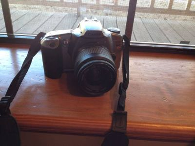 Canon EOS Rebel II 35mm - GREAT Condition