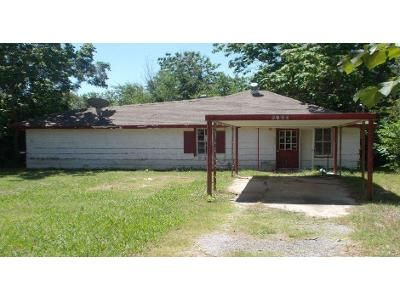 3 Bed 2 Bath Foreclosure Property in Spencer, OK 73084 - NE 28th St
