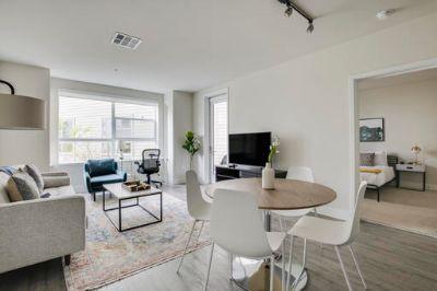 $8340 2 apartment in Redwood City
