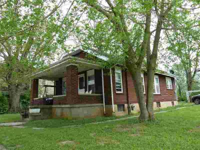 309 W Pleasant Street Cynthiana Two BR, Nice brick home with