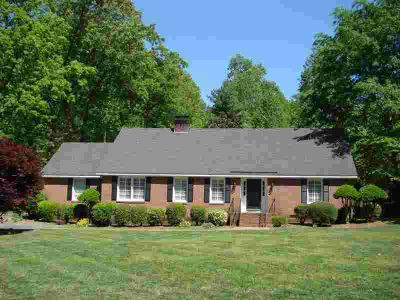 109 Marlin Dr SPARTANBURG Four BR, Fabulous brick home with many