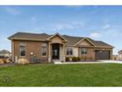 Frankfort Two BR, 8906 Holland Harbor Circle