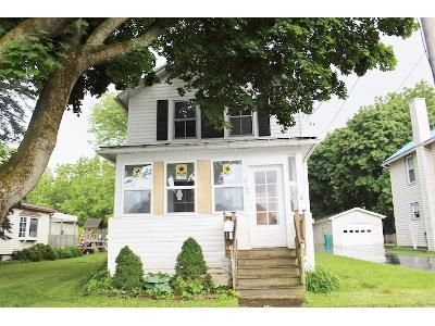 2 Bed 1 Bath Foreclosure Property in Caledonia, NY 14423 - Lehigh St