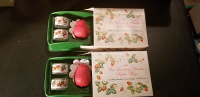 Strawberry Porcelain Napkin Rings Avon