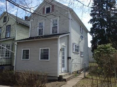 2 Bed 1 Bath Foreclosure Property in Johnstown, PA 15902 - Russell Ave