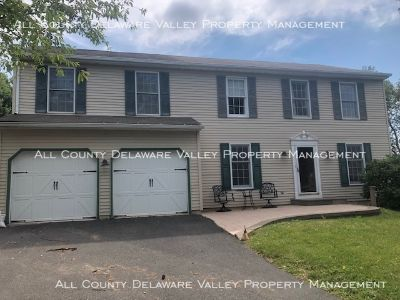 707 Colin Court, Royersford 5 Bedrooms 2.5 Baths