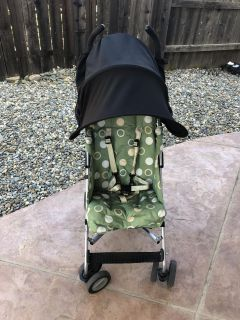 Maclaren stroller with cover up shade