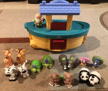 Little people Noah s ark set with six sets of animals, used and in great condition