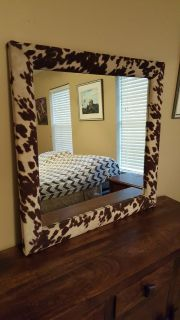 LARGE COUNTRY WESTERN COWHIDE FRAME WALL MIRROR. (36 X 36 )