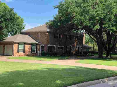 1302 Lewis Drive KAUFMAN Three BR, Very nice well maintained home