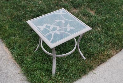 Out door end table