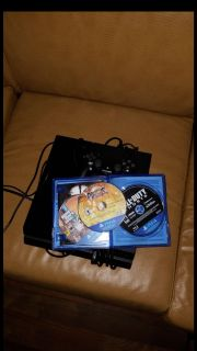 Ps4 With 500 GB and 3 Games