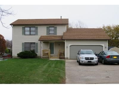 3 Bed 1 Bath Preforeclosure Property in Rochester, NY 14624 - Cheshire Ln