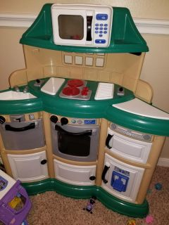 Super cute and clean play kitchen