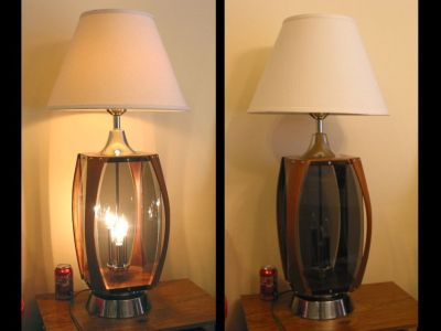 Vintage Retro Table Lamp '70s Moderne Walnut, Plexiglas, Chrome MCM