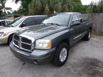 2006 Dodge Dakota SLT ()