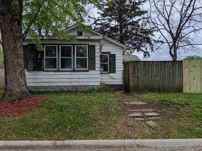 3 Bed 1 Bath Foreclosure Property in Rockford, IL 61109 - 9th St