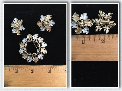 Vintage Clip On Earrings and Matching PineSigned Sarah Coventry Silver & Gold Tone Leaves Leaf