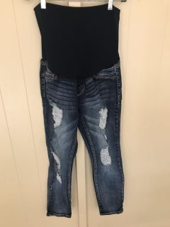 Song distressed Maternity jean size M