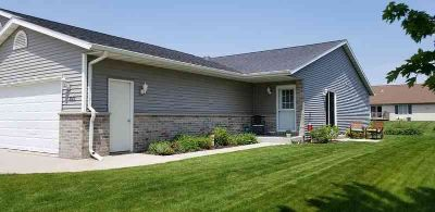 822 Ethan Allen Dr Howards Grove Two BR, Superbly Kept Ranch