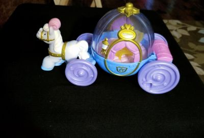 Little people Cinderella coach (doesn't include any people)