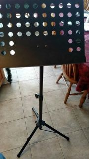 Collapsible metal music stand