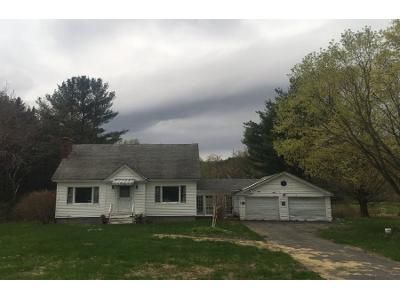3 Bed 1 Bath Foreclosure Property in Stamford, VT 05352 - Main Rd