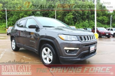 2018 Jeep Compass (Granite Crystal Metallic Clearcoat)