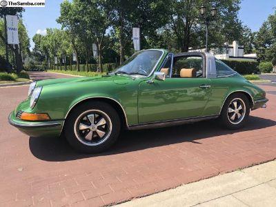 Metallic Green 911 T Targa 1973.5