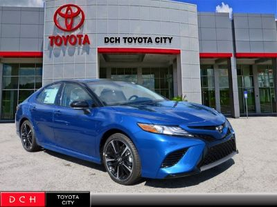 2018 Toyota Camry (Blue Streak/Midnight Black Metallic)