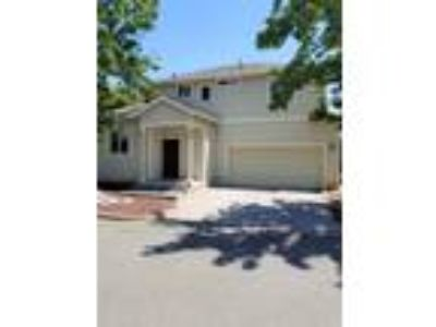 Three BR Two BA In Cloverdale CA 95425