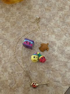 3 shopkins a turtle and a key necklace