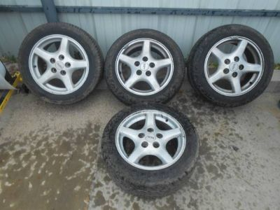 Pontiac Firebird 16 Wheels with Tires